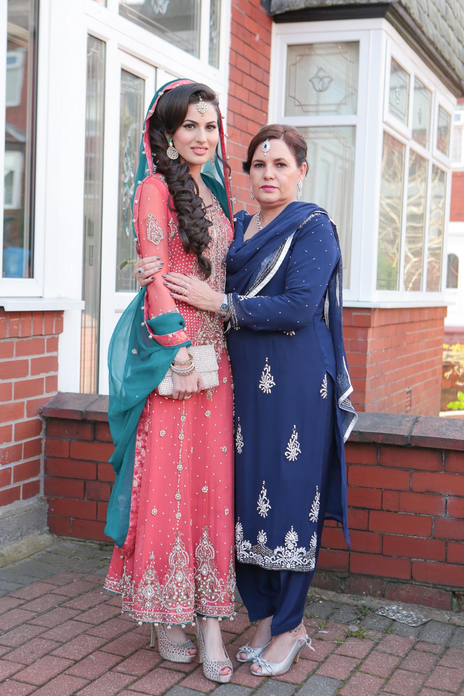 Asian Wedding Photography Edinburgh Glasgow Manchester Opu Sultan Photography Photographer sabbas Mehendi Hindu Indian Sikh Pakistani Bangali Wedding blog-23.jpg