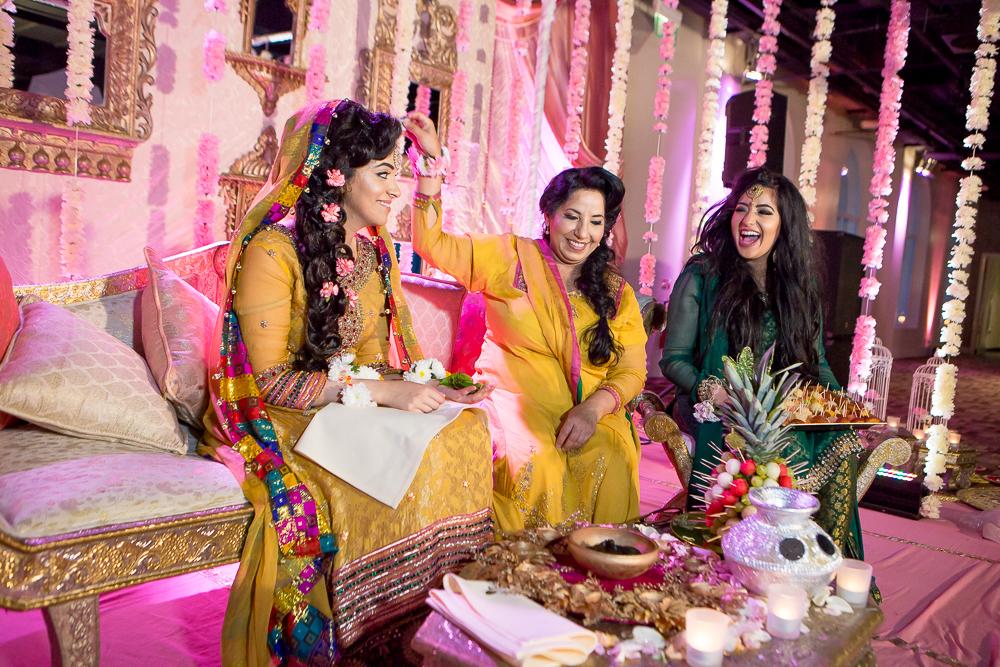 Asian Wedding Photography Edinburgh Glasgow Manchester Opu Sultan Photography Photographer Humas Mehendi Hindu Indian Sikh Pakistani Bangali Wedding blog-120.jpg