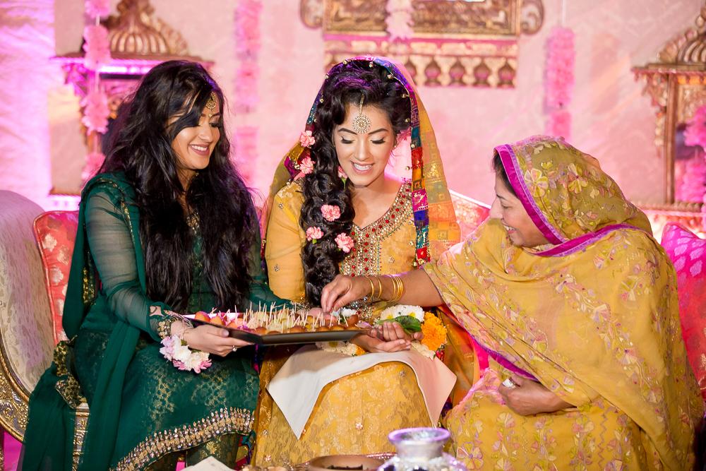 Asian Wedding Photography Edinburgh Glasgow Manchester Opu Sultan Photography Photographer Humas Mehendi Hindu Indian Sikh Pakistani Bangali Wedding blog-129.jpg