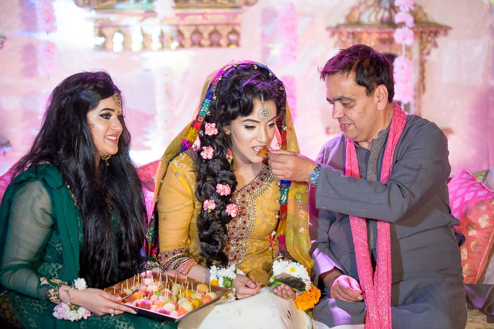 Asian Wedding Photography Edinburgh Glasgow Manchester Opu Sultan Photography Photographer Humas Mehendi Hindu Indian Sikh Pakistani Bangali Wedding blog-161.jpg