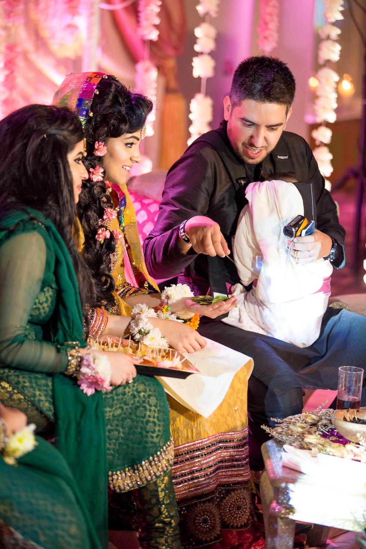 Asian Wedding Photography Edinburgh Glasgow Manchester Opu Sultan Photography Photographer Humas Mehendi Hindu Indian Sikh Pakistani Bangali Wedding blog-167.jpg