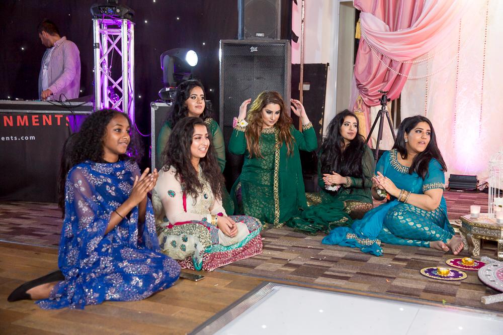 Asian Wedding Photography Edinburgh Glasgow Manchester Opu Sultan Photography Photographer Humas Mehendi Hindu Indian Sikh Pakistani Bangali Wedding blog-190.jpg