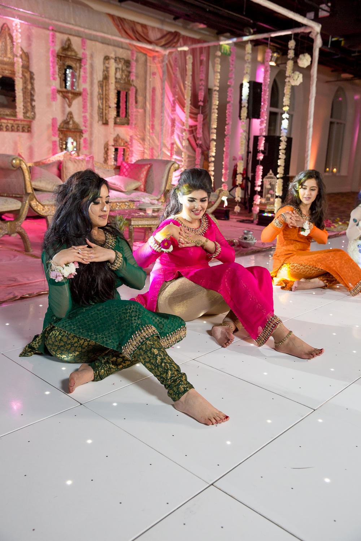Asian Wedding Photography Edinburgh Glasgow Manchester Opu Sultan Photography Photographer Humas Mehendi Hindu Indian Sikh Pakistani Bangali Wedding blog-200.jpg