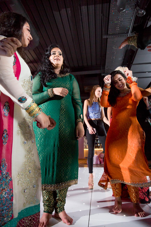 Asian Wedding Photography Edinburgh Glasgow Manchester Opu Sultan Photography Photographer Humas Mehendi Hindu Indian Sikh Pakistani Bangali Wedding blog-216.jpg
