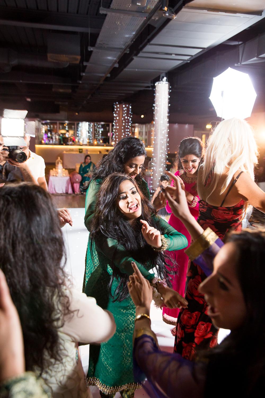 Asian Wedding Photography Edinburgh Glasgow Manchester Opu Sultan Photography Photographer Humas Mehendi Hindu Indian Sikh Pakistani Bangali Wedding blog-224.jpg