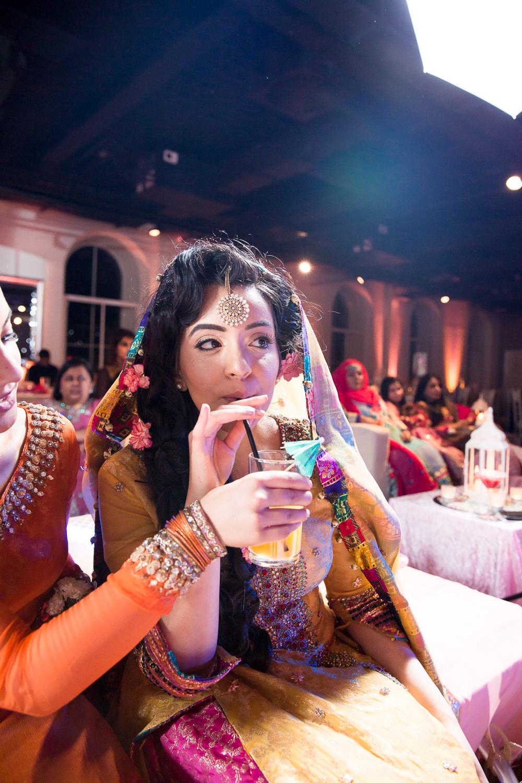 Asian Wedding Photography Edinburgh Glasgow Manchester Opu Sultan Photography Photographer Humas Mehendi Hindu Indian Sikh Pakistani Bangali Wedding blog-223.jpg