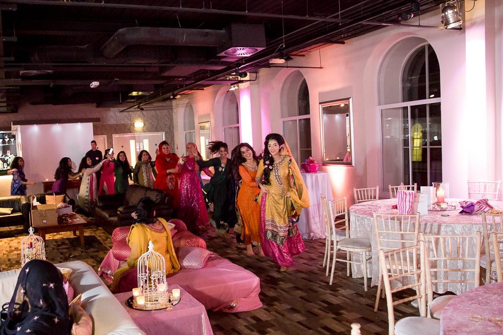 Asian Wedding Photography Edinburgh Glasgow Manchester Opu Sultan Photography Photographer Humas Mehendi Hindu Indian Sikh Pakistani Bangali Wedding blog-260.jpg