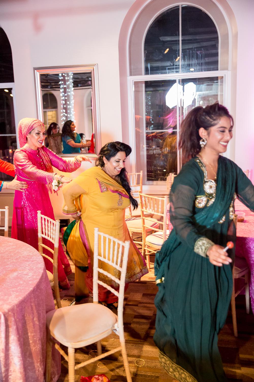 Asian Wedding Photography Edinburgh Glasgow Manchester Opu Sultan Photography Photographer Humas Mehendi Hindu Indian Sikh Pakistani Bangali Wedding blog-261.jpg