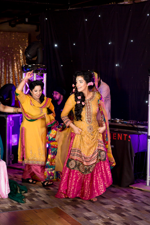 Asian Wedding Photography Edinburgh Glasgow Manchester Opu Sultan Photography Photographer Humas Mehendi Hindu Indian Sikh Pakistani Bangali Wedding blog-264.jpg