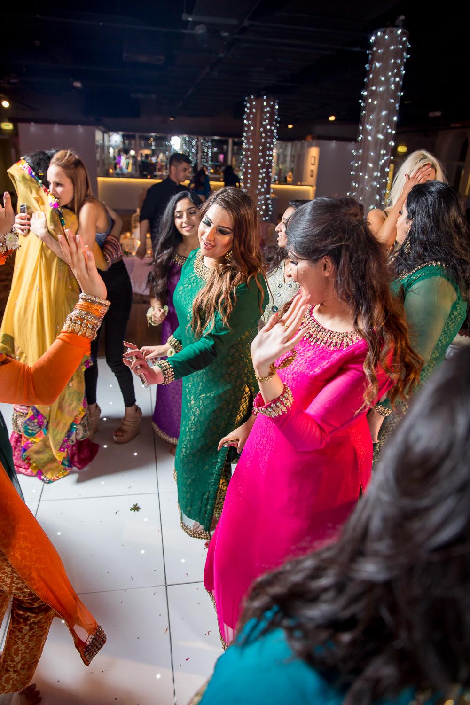 Asian Wedding Photography Edinburgh Glasgow Manchester Opu Sultan Photography Photographer Humas Mehendi Hindu Indian Sikh Pakistani Bangali Wedding blog-273.jpg