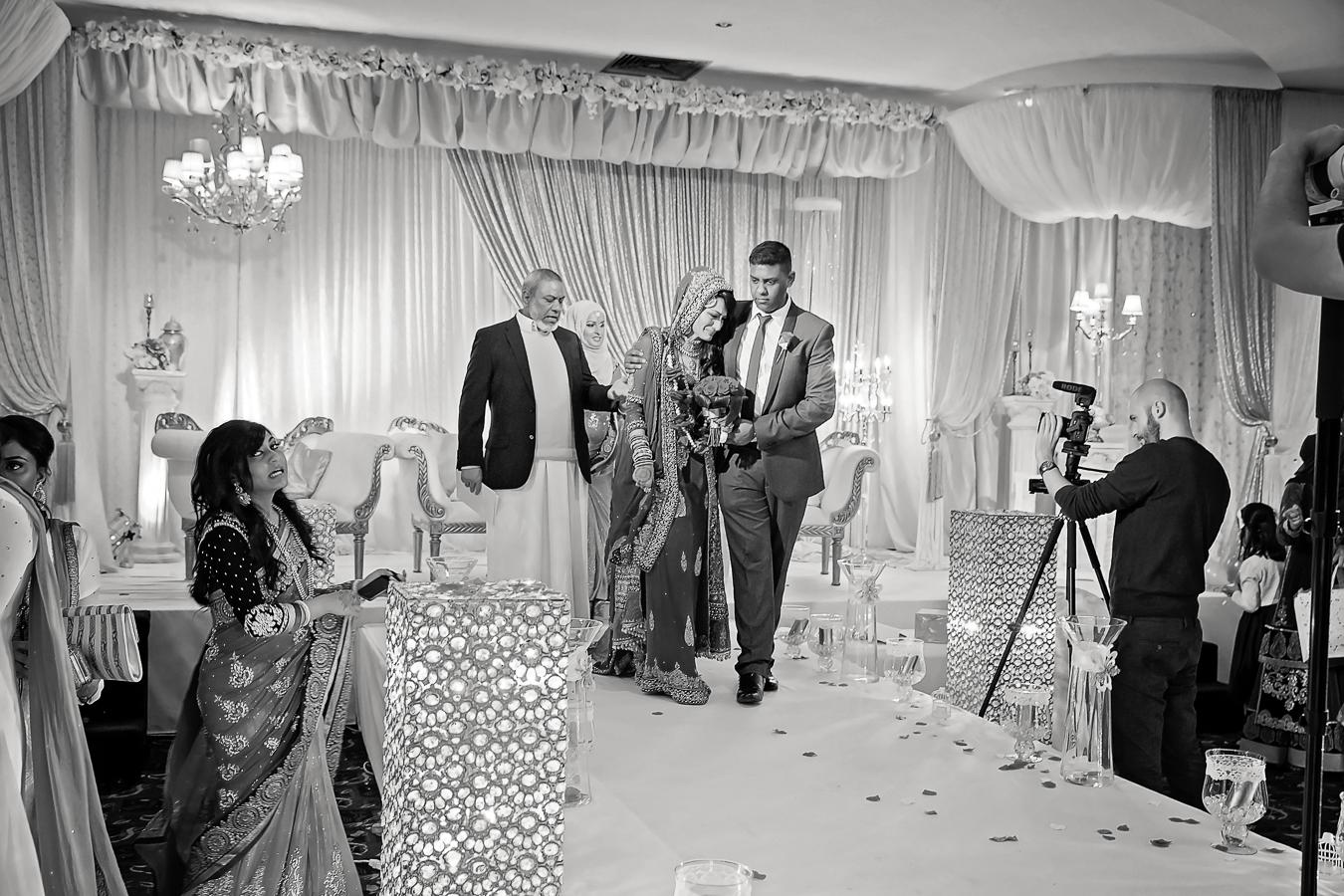 Nasir and Minara wedding at The Sheridan suite Macnchester Didsbury Opu Sultan Photography Manchester and Edinburgh Asian Muslim Hindu Sikh-124.jpg