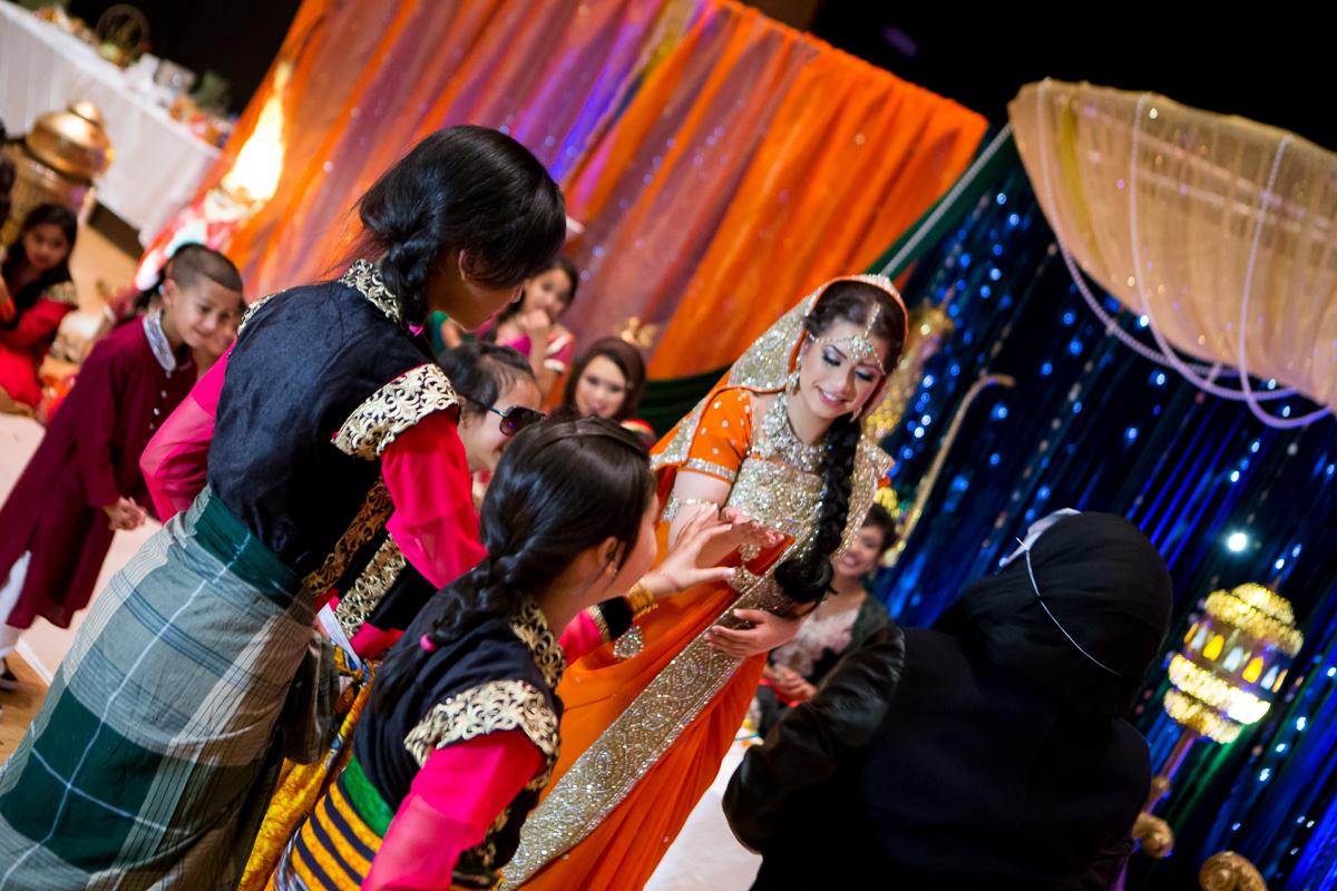Akifa's Mehndi Queen Elizabeth Hall Opu Sultan Photography Asian Wedding Photography Manchester Edinburgh-150.jpg