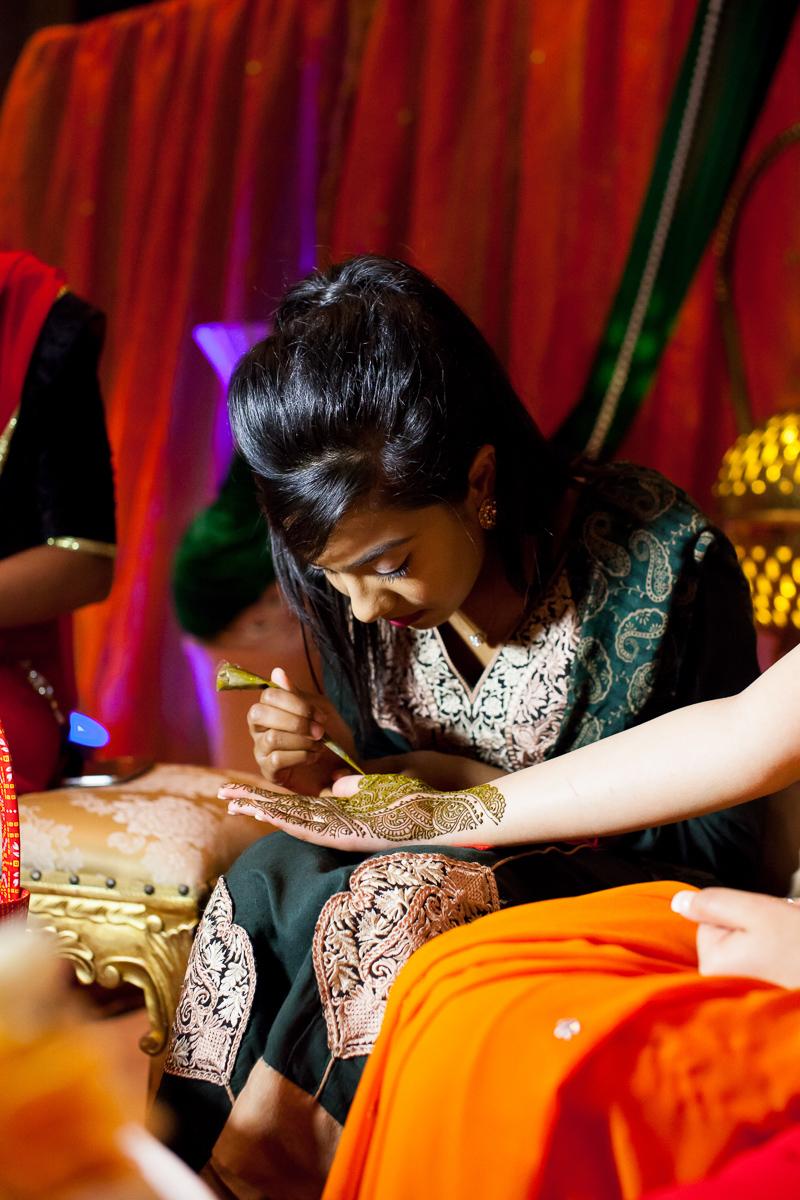 Akifa's Mehndi Queen Elizabeth Hall Opu Sultan Photography Asian Wedding Photography Manchester Edinburgh-161.jpg