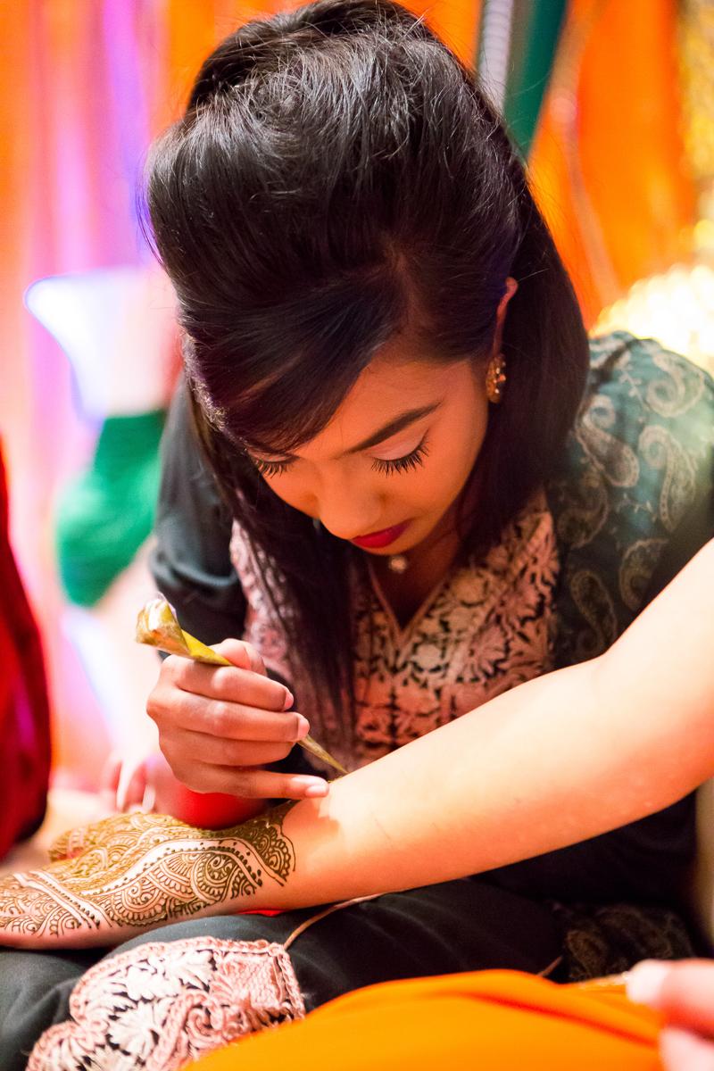 Akifa's Mehndi Queen Elizabeth Hall Opu Sultan Photography Asian Wedding Photography Manchester Edinburgh-170.jpg