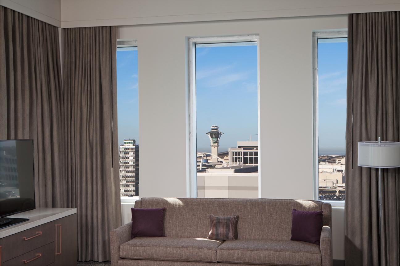 H_Hotel_Homewood_LAX_Oct12_17-4912_a.jpg