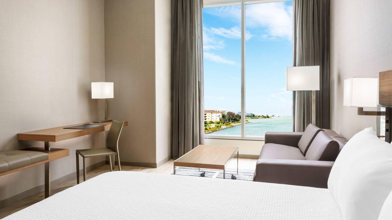 sfoya-guestroom-0016-hor-wide.jpg