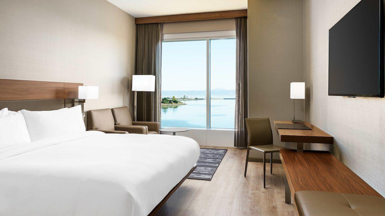 sfoya-guestroom-0049-hor-wide.jpg