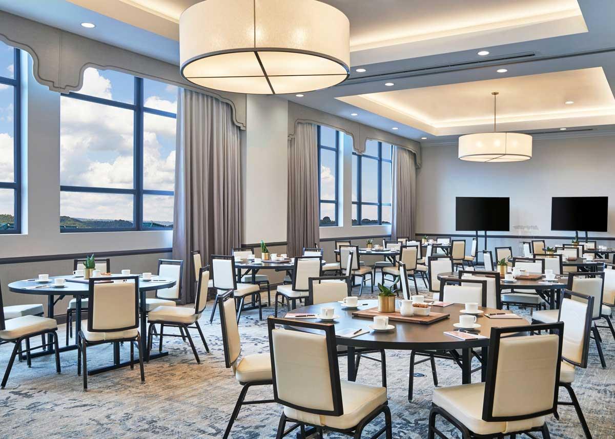 the-edwin-hotel-chattanooga-meeting-room.jpg