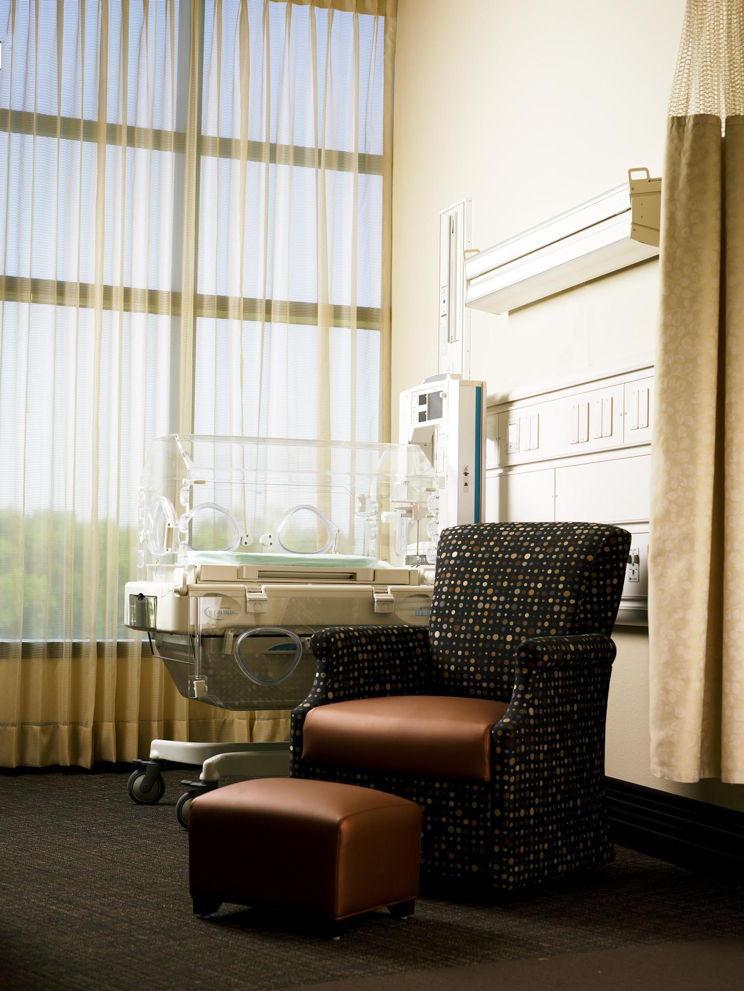 nicu patient room.jpg
