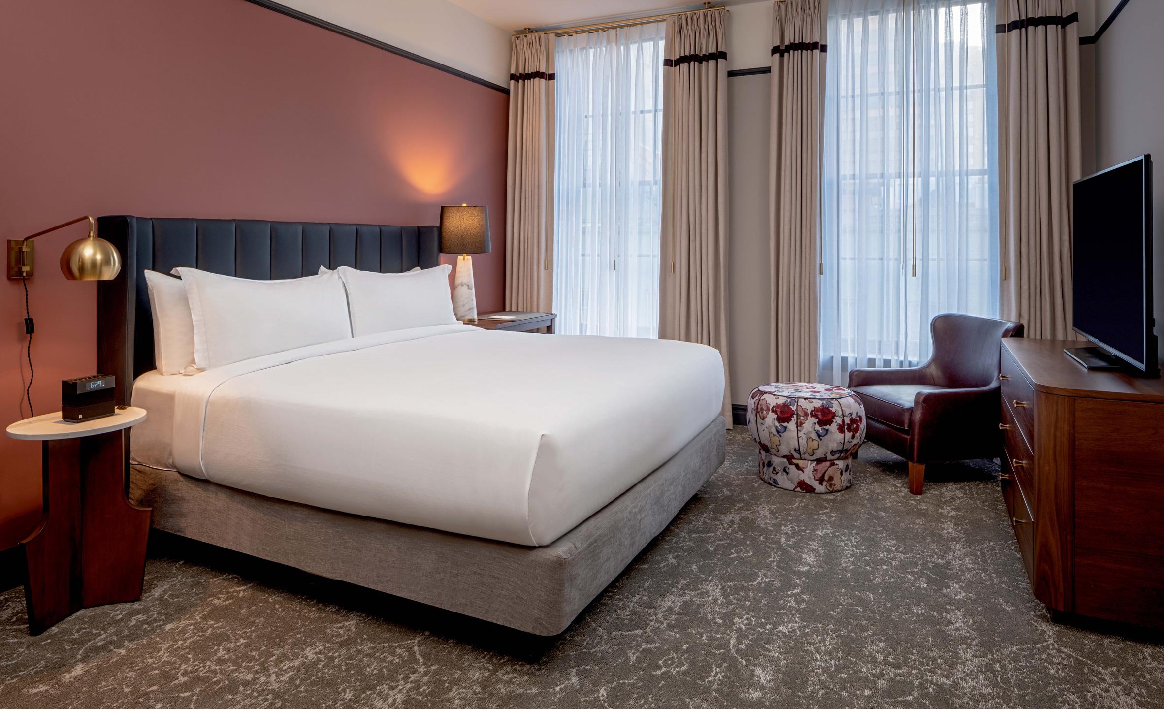 eliza-jane-hotel-new-orleans-stonehill-taylor_dezeen_3.jpg
