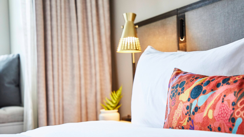 savtx-guest-room-9089-hor-wide.jpg