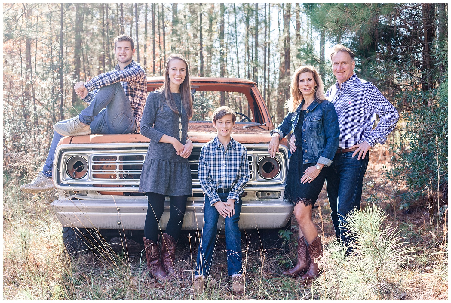 Country Casual Family Portraits in Glen Allen