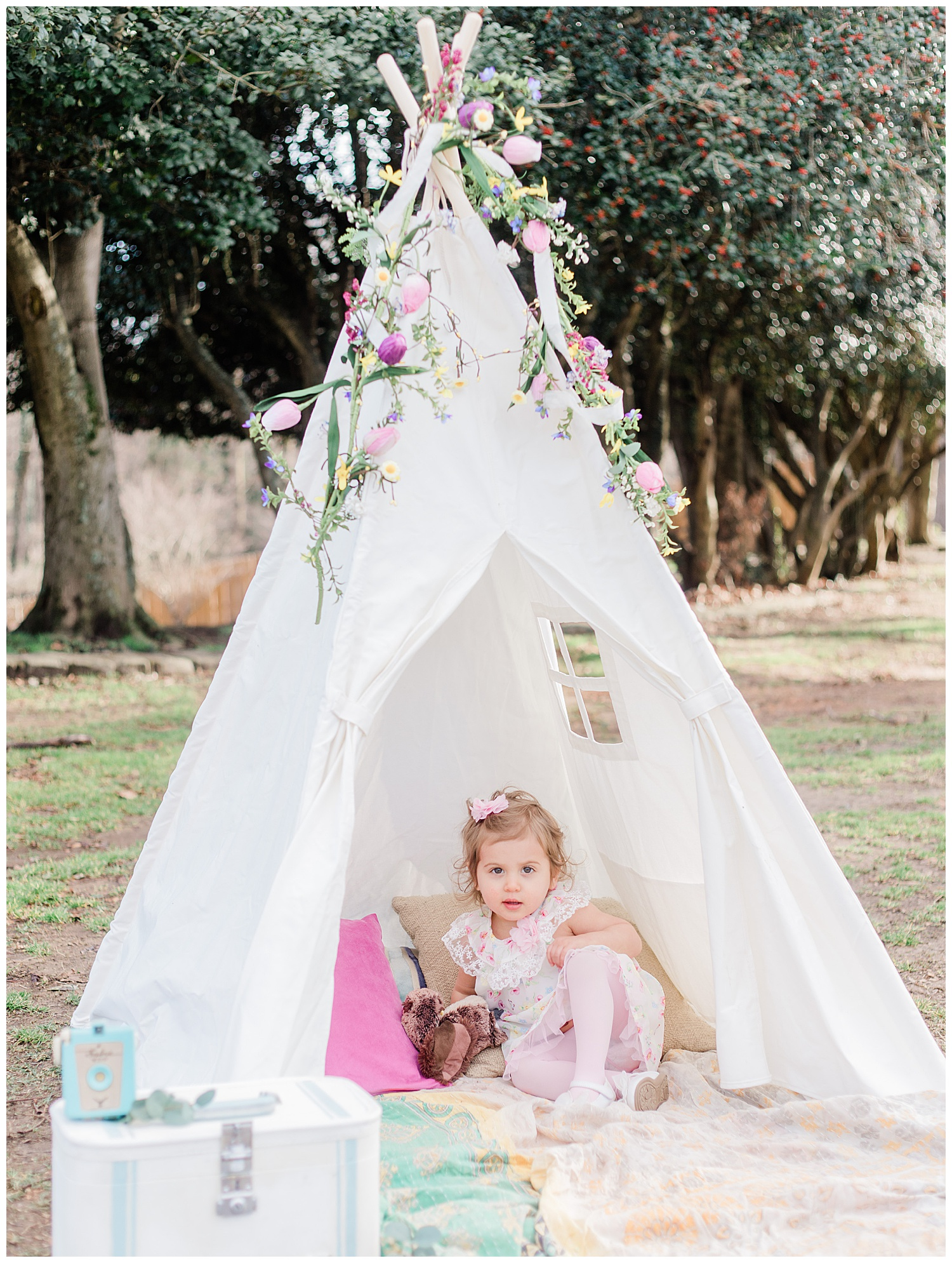 Kids TeePee Photos - Bohemian Styled Shoot