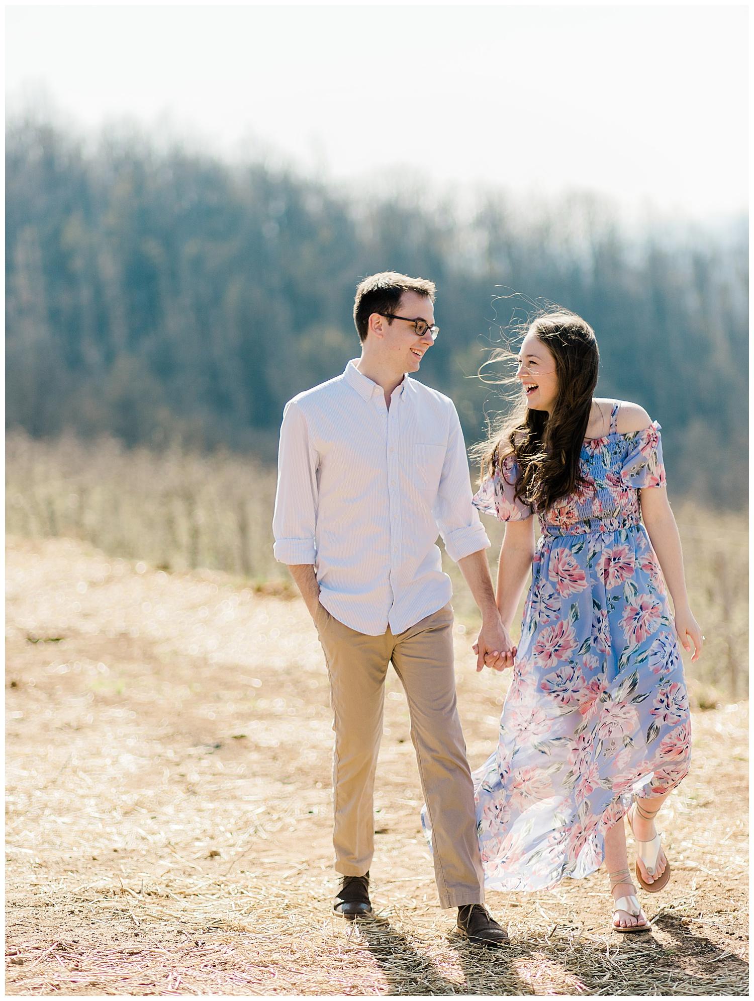 Carter Mountain Engagement Photos | Charlottesville, Virginia