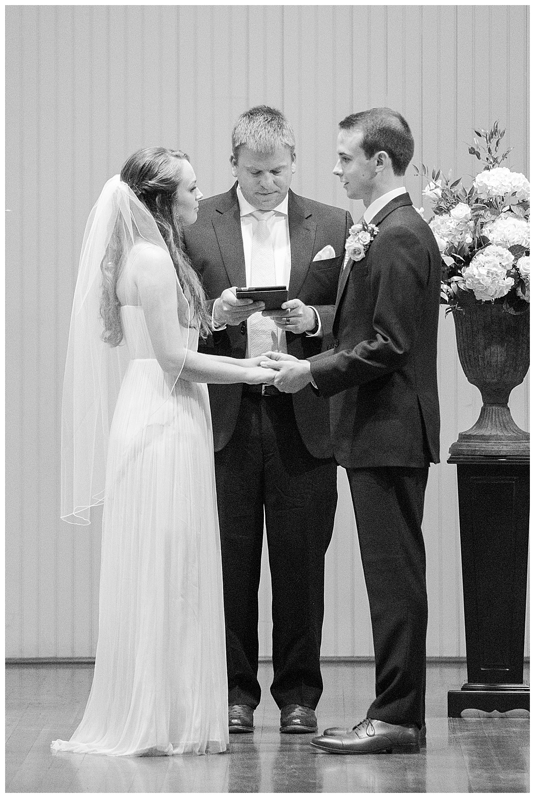 Charlottesville-Wedding-Photographers-_0647.jpg