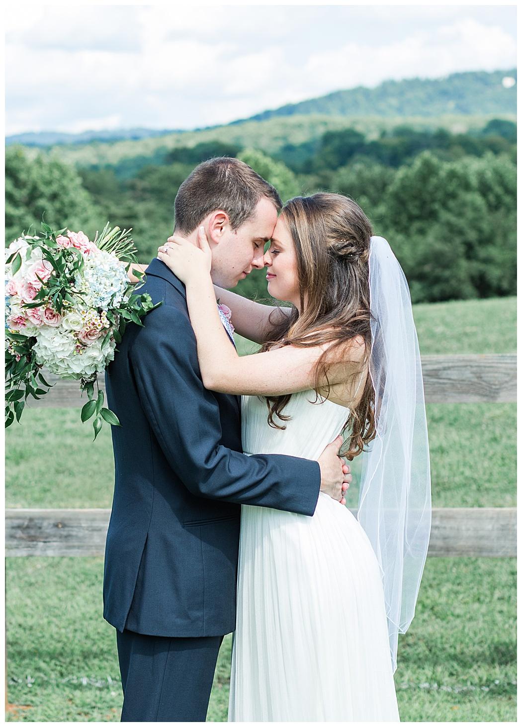 Charlottesville-Wedding-Photographers-_0653.jpg