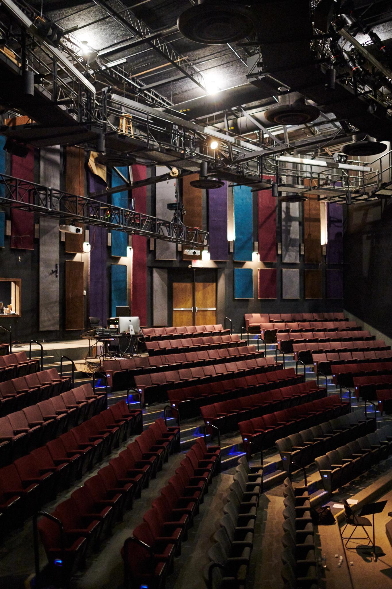 2019_04_TU Theater_1821.jpg