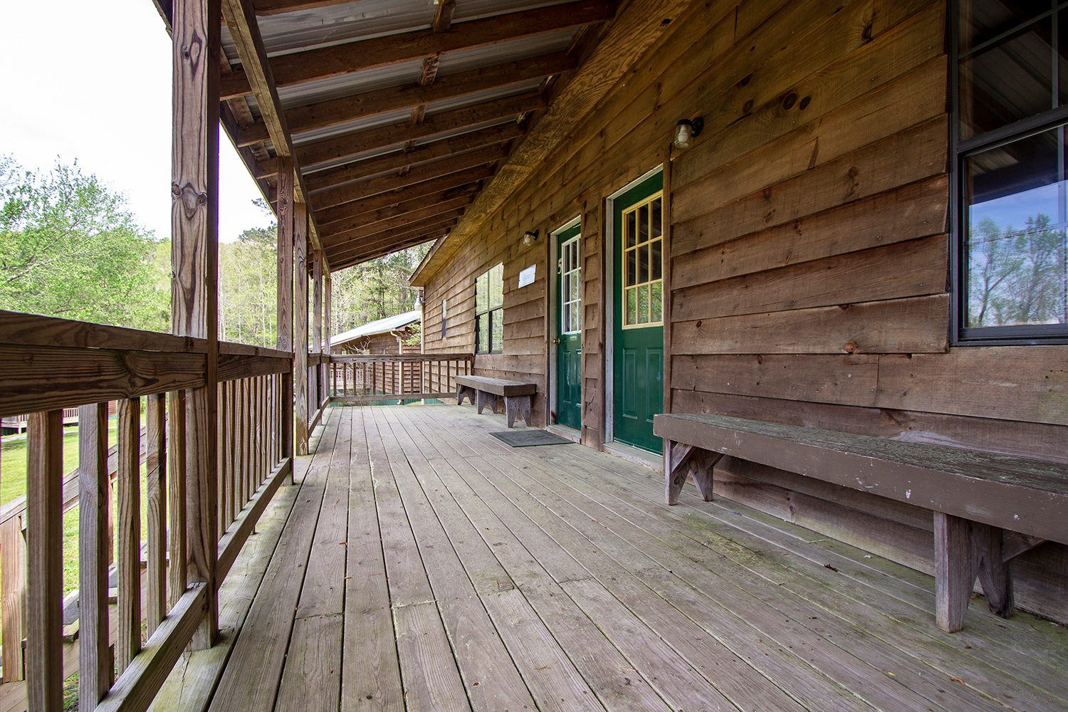 Bunks 4-5 Porch.jpg