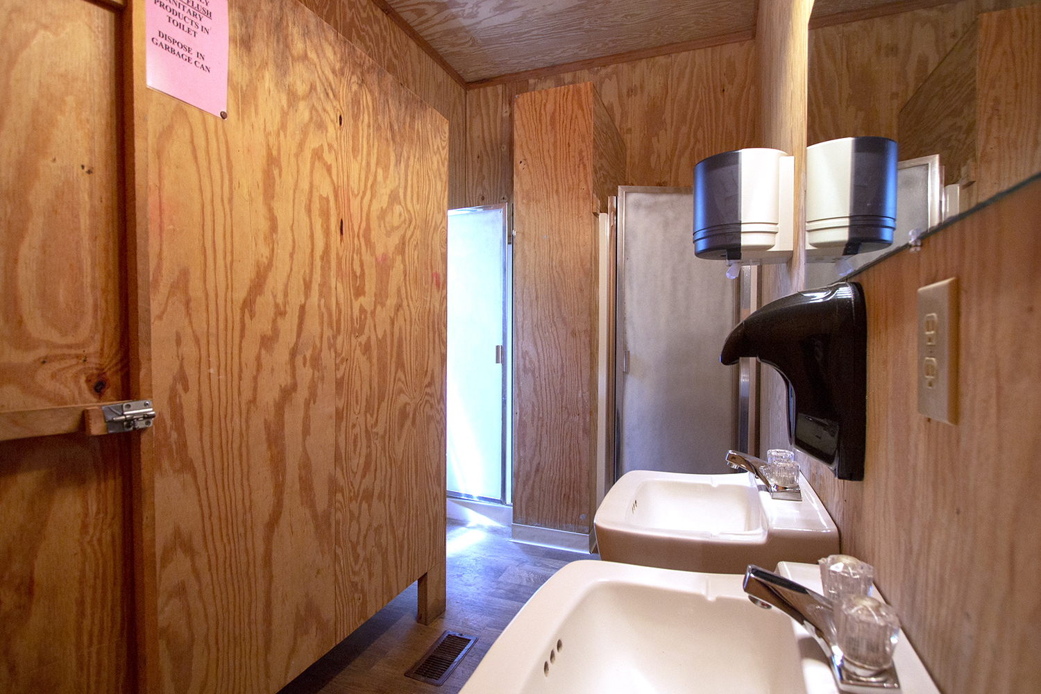 Bunks 1-3 bathroom.jpg
