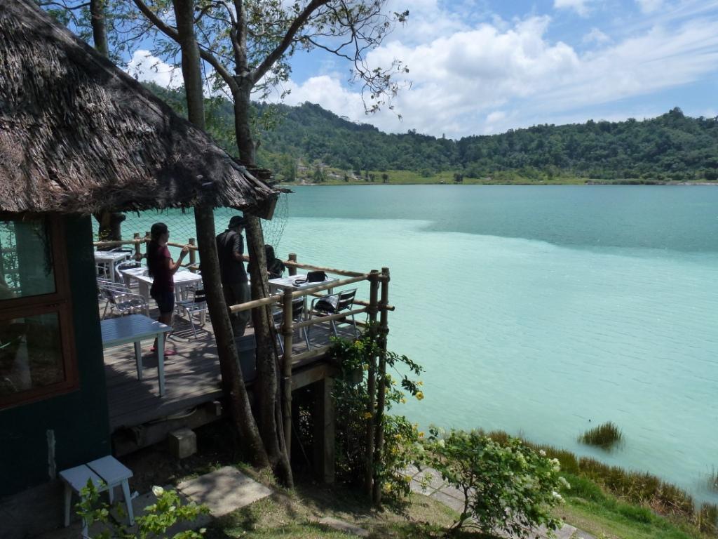 manado Sulawesi -