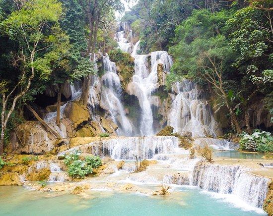 Kuang Si waterfall.jpg