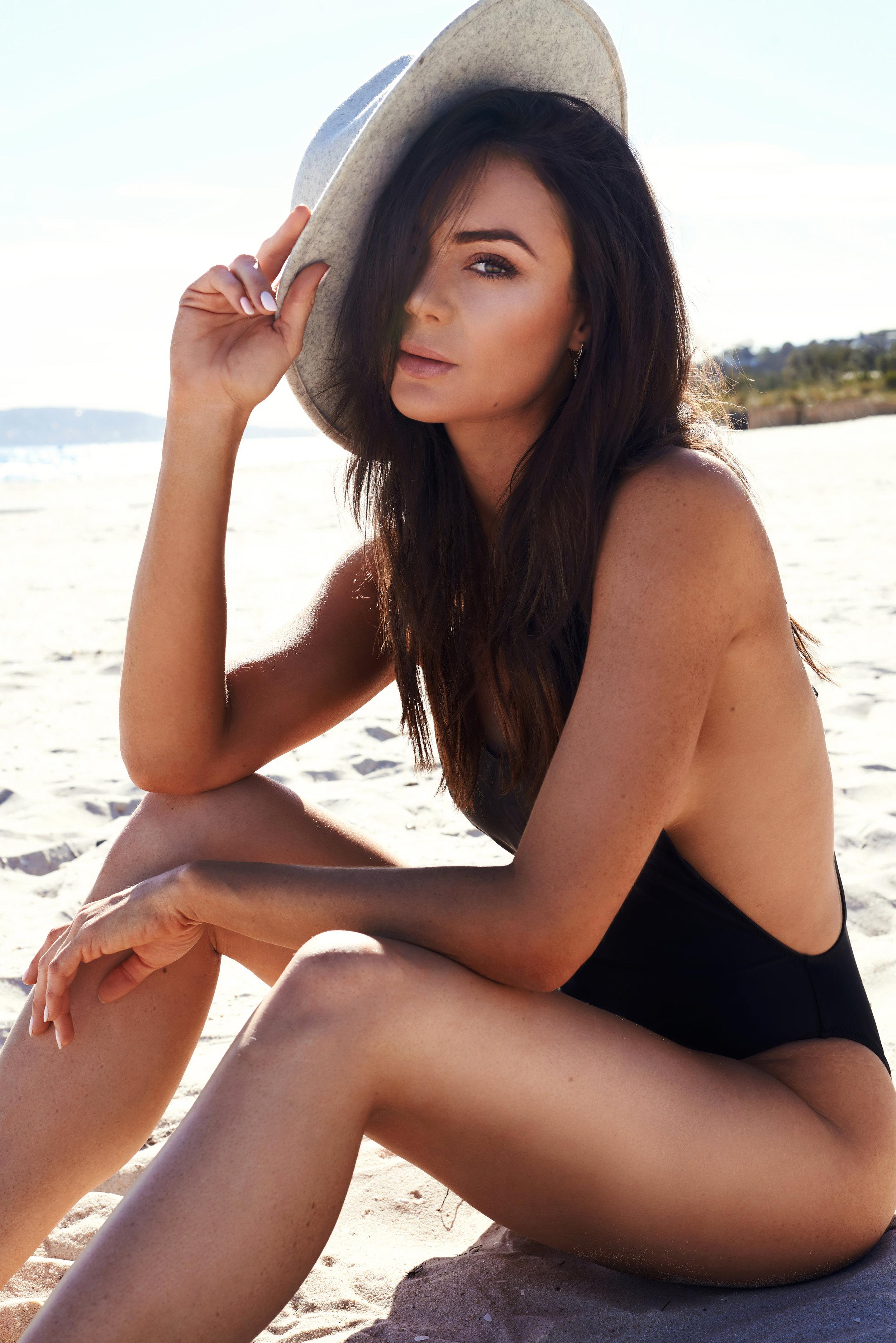 Sarah-beach-4.jpg