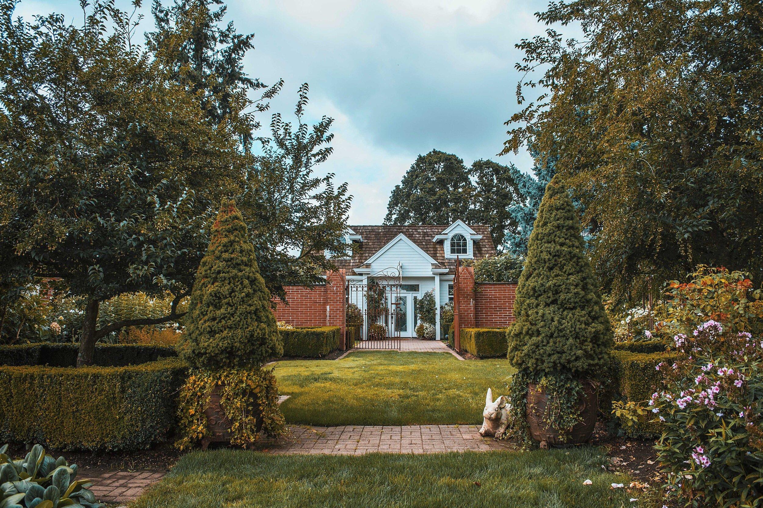 Oakwood Gardens_WithChelle.jpg
