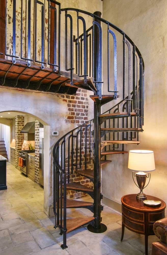 custom-crafted-circular-iron-staircase.jpg