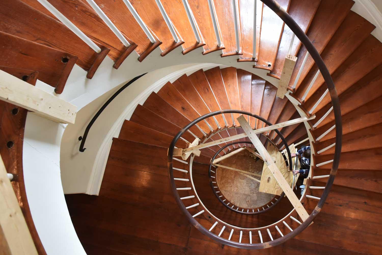 raising-balistrade-restored-staircase.jpg