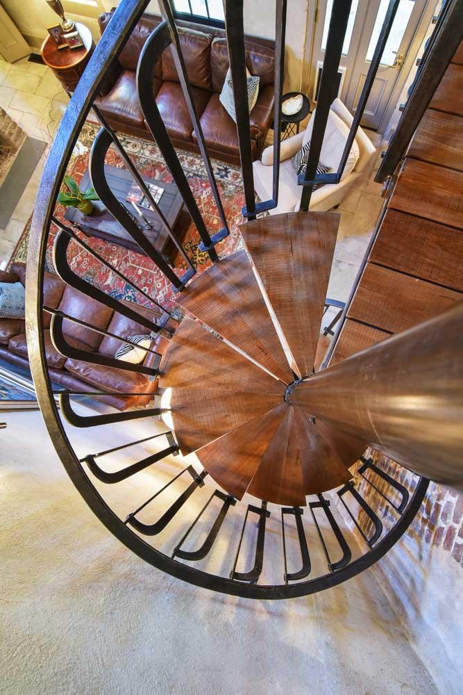 custom-built-spiral-staircase.jpg