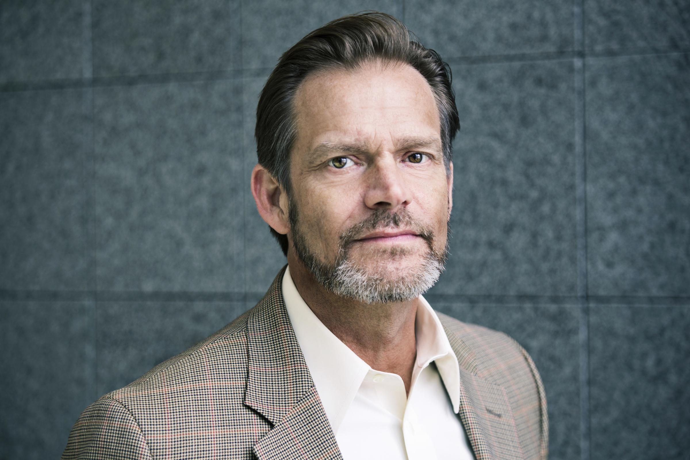 Mark Benninghofen (Flan Kittredge)