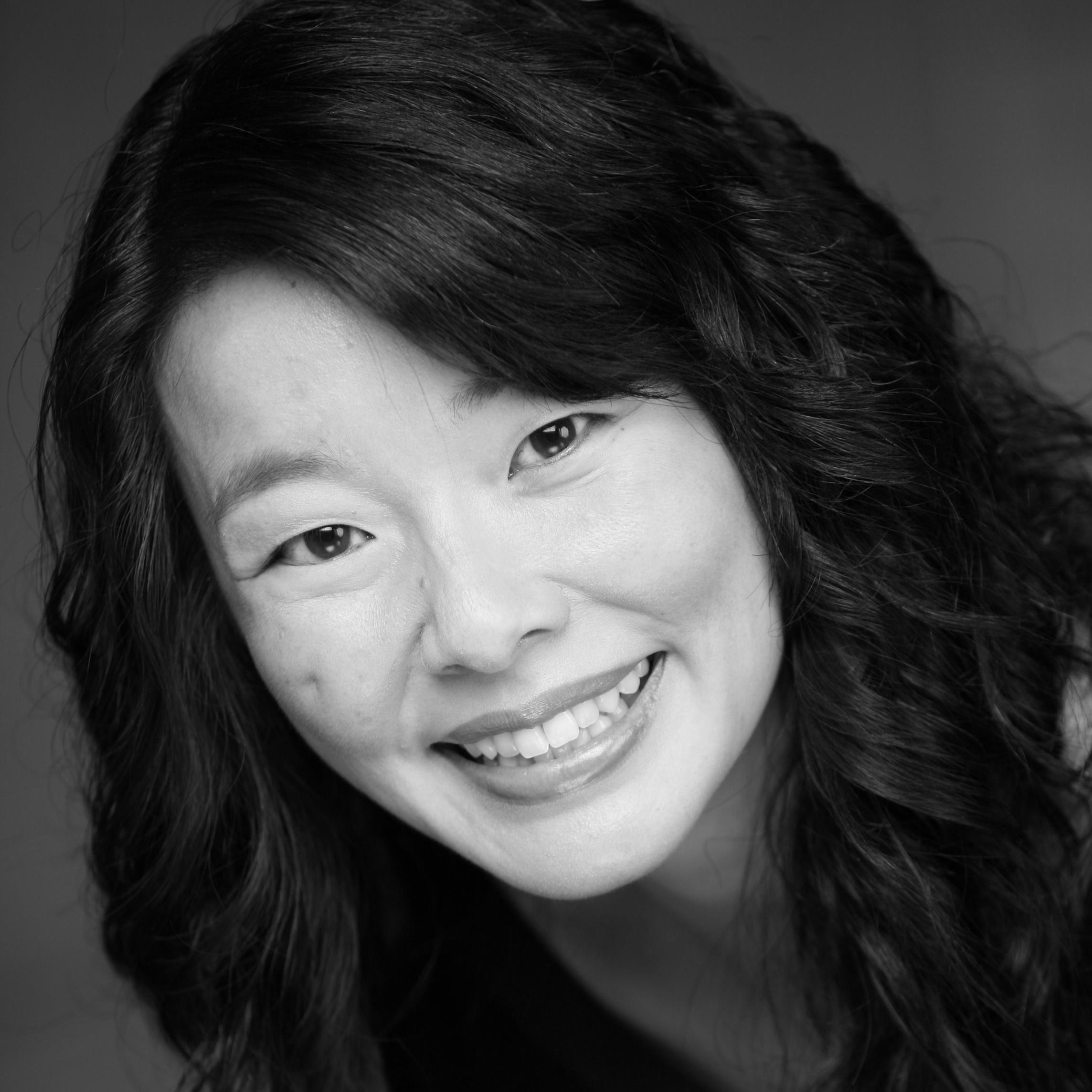 Sara Ochs (Moore)