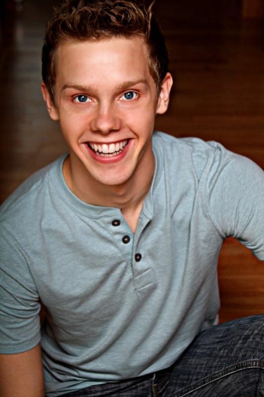 Tyler Michaels (Tobias Ragg)