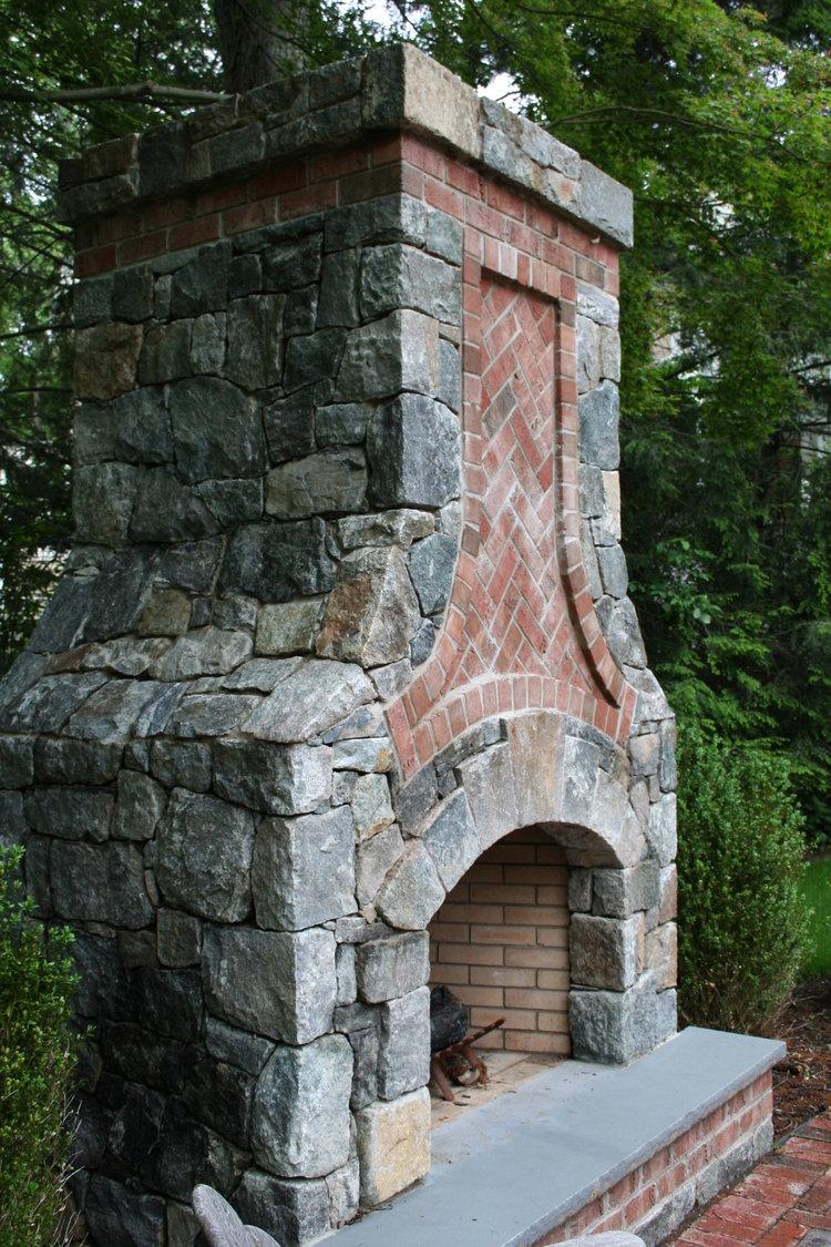 Fireplace 2.jpeg