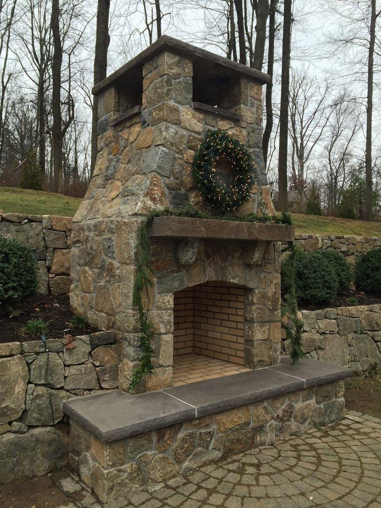 Fireplace 5.jpeg