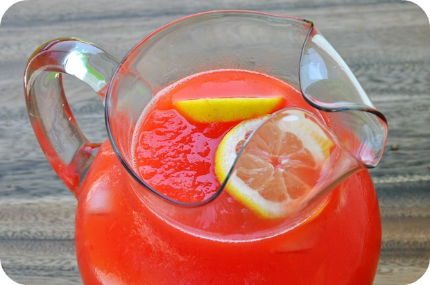 Dreamy Drinks! - This is a fantastic way to cool off while staying healthy! This slushy uses natural vitamin packed citrus juice for the flavor and honey (or agave)as the sweetener. It may take some time to fresh squeeze the juice, but it's worth it!