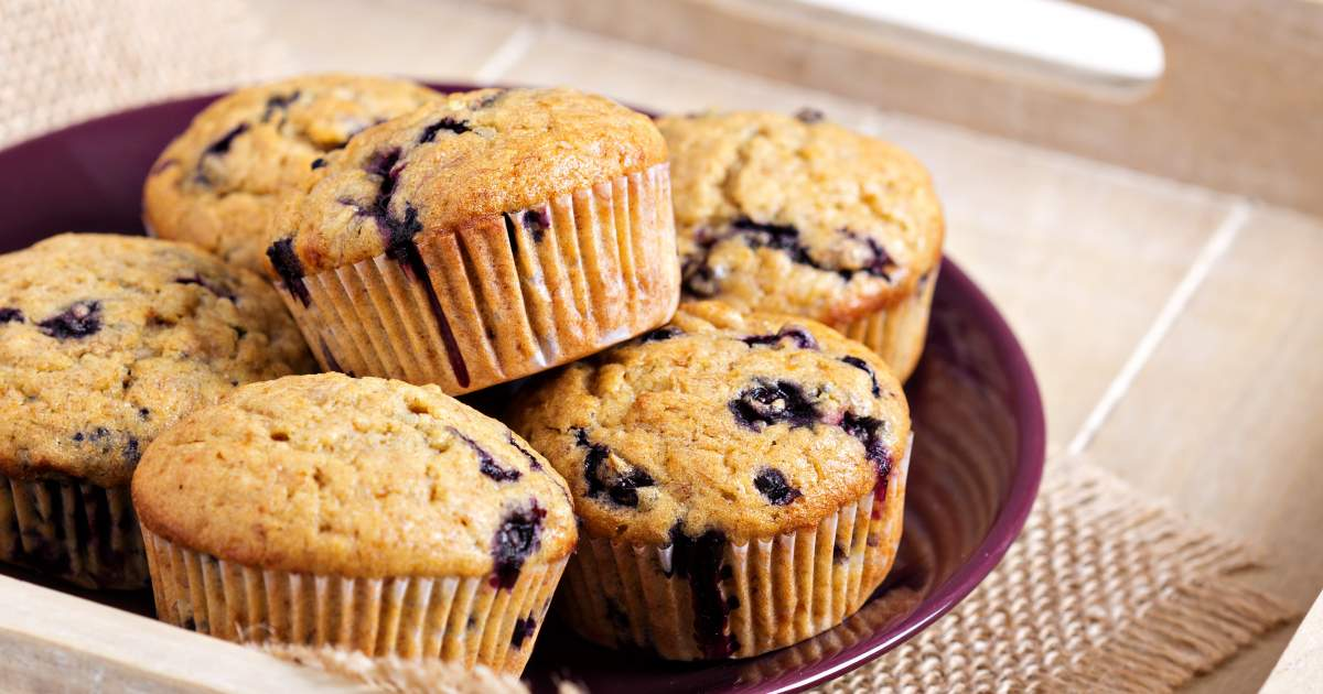 Delightful Desserts! - This yummy muffin recipe is also super healthy employing the powerful antioxidant power of blueberries and raspberries! The usage of graham cracker crumbs also offers a different spin both taste wise and health wise as they are relatively low in fat, calories and sugar! Enjoy!