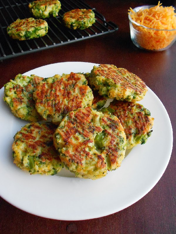 Amazing Appetizers! - A variation on CKA's cauliflower cakes, this vitamin and antioxidant packed veggie cake is yet another phenomenal way to prepare nutritionally loaded broccoli in a fun and super yummy way!