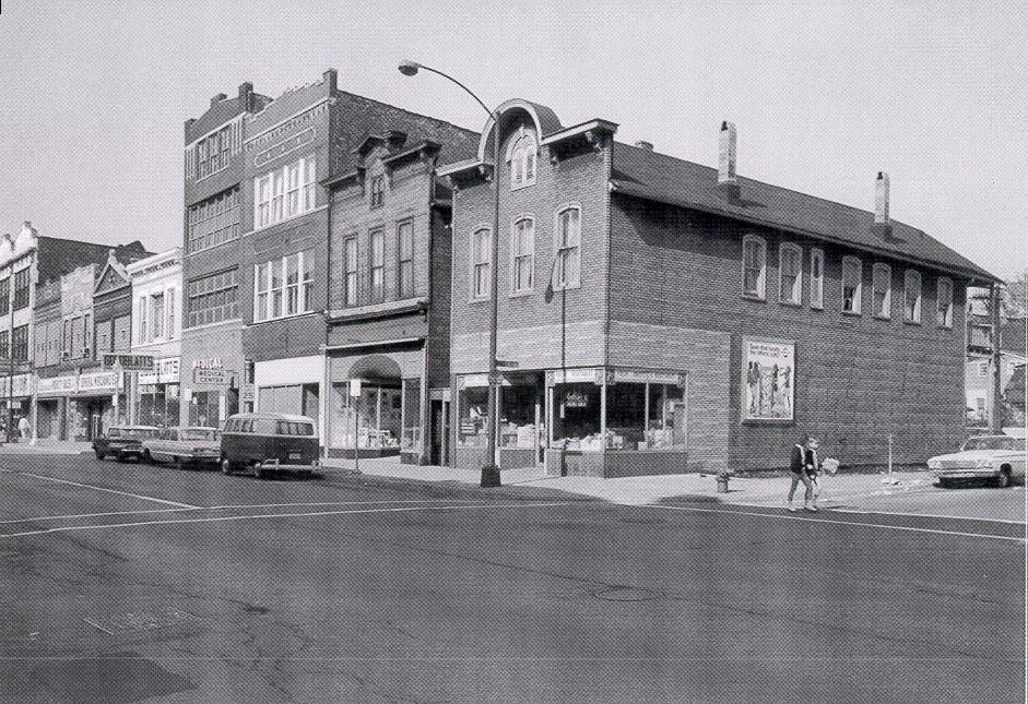 1501-05 N Milwaukee August 1966.jpg