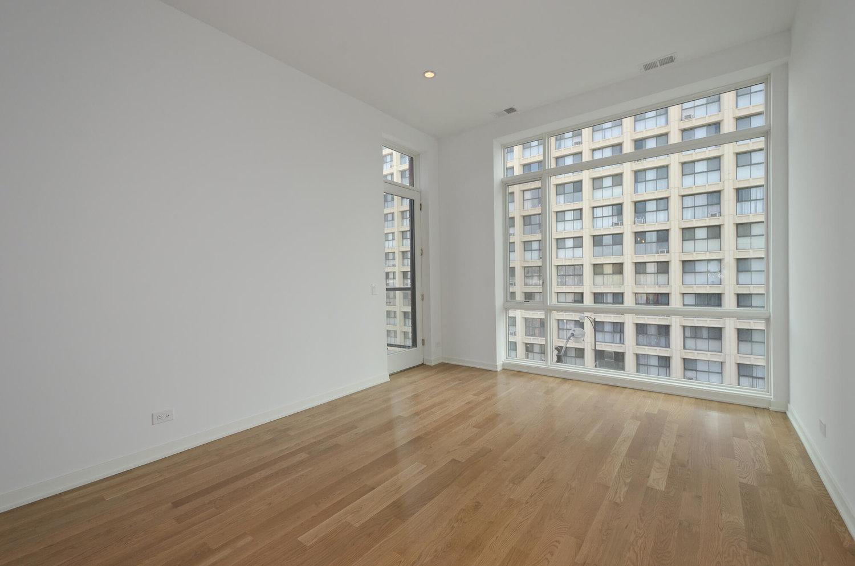 401 - Living Room